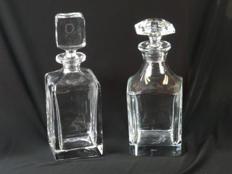 2 vintage karaffen