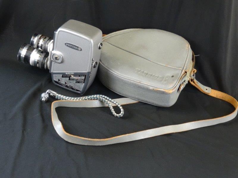 Yashica-8 Double 8mm Cine Film Camera + etui