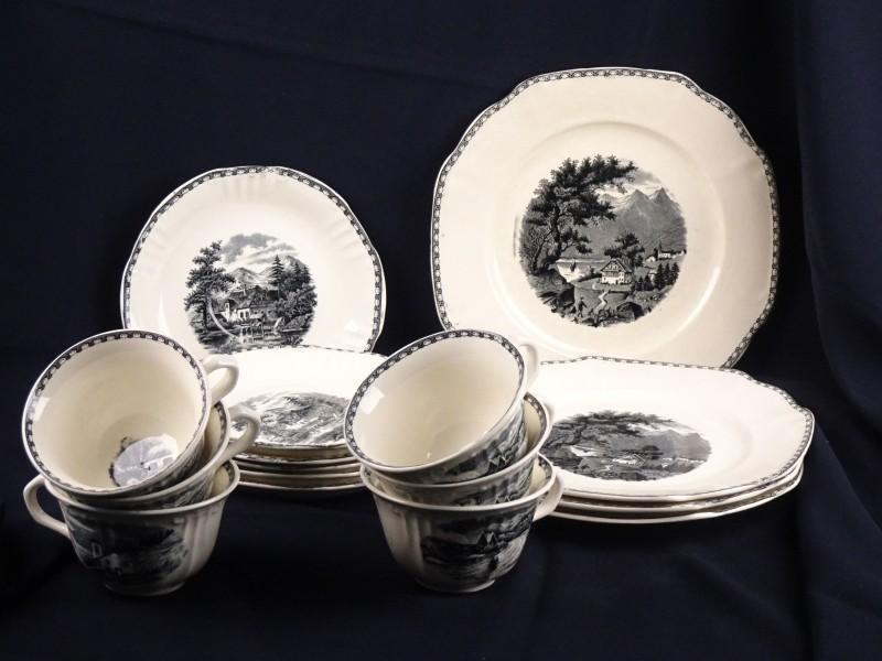 Vintage porseleinen set gemerkt Societe Ceramique Maestricht Landschap.