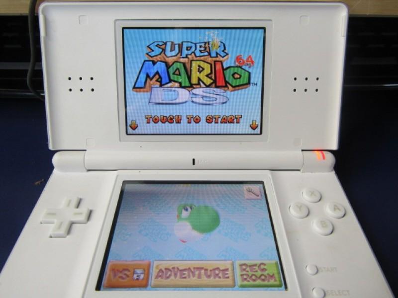 Nintendo DS Lite, Werkend, Super Mario