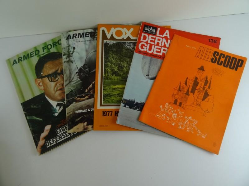 Lot van tijdschriften vooral over vliegtuigen jaren '60 '70