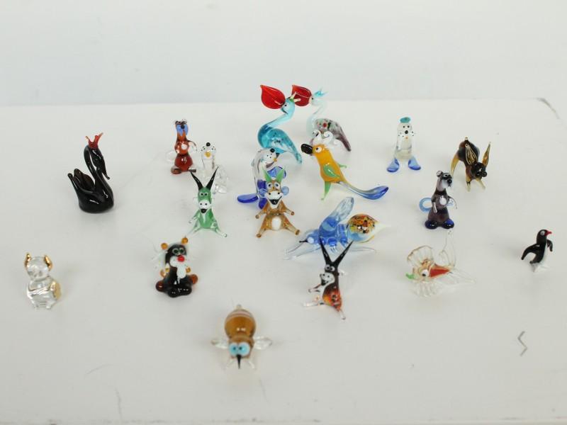 Glazen Miniaturen in Houten Doos - 60 stuks