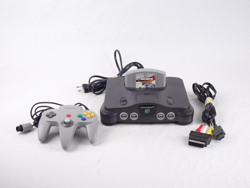 Nintendo 64 met F1 spel.