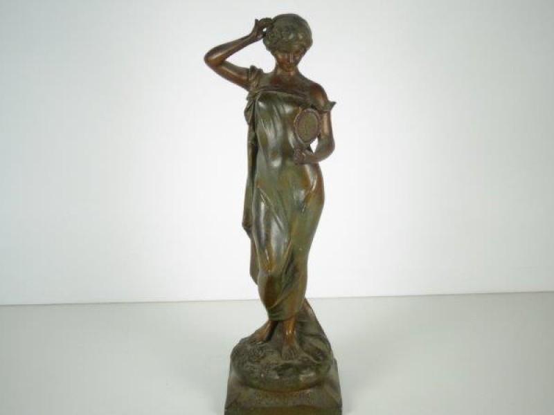 Bronzenbeeld - Bilitis
