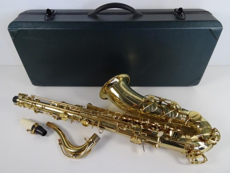 """Ashley"" saxofoon met koffer"