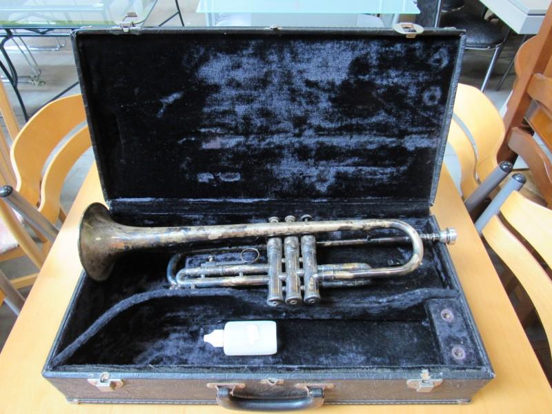 """Trompet  """" Olds Ambassador """""""