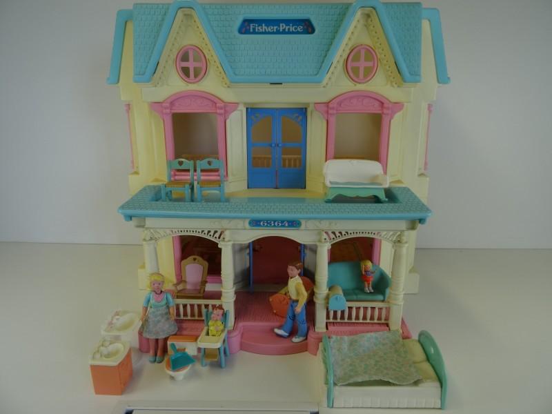 Fisher Price 1993 Loving Family Dream Poppenhuis