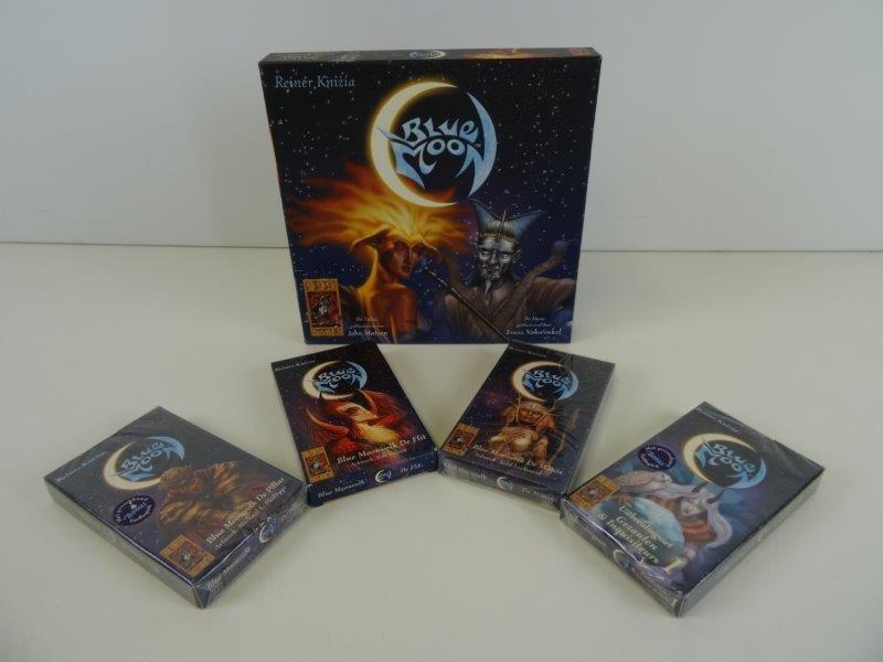 Blue Moon - gezelschapspel Fantasy  basisspel + uitbreidingssets