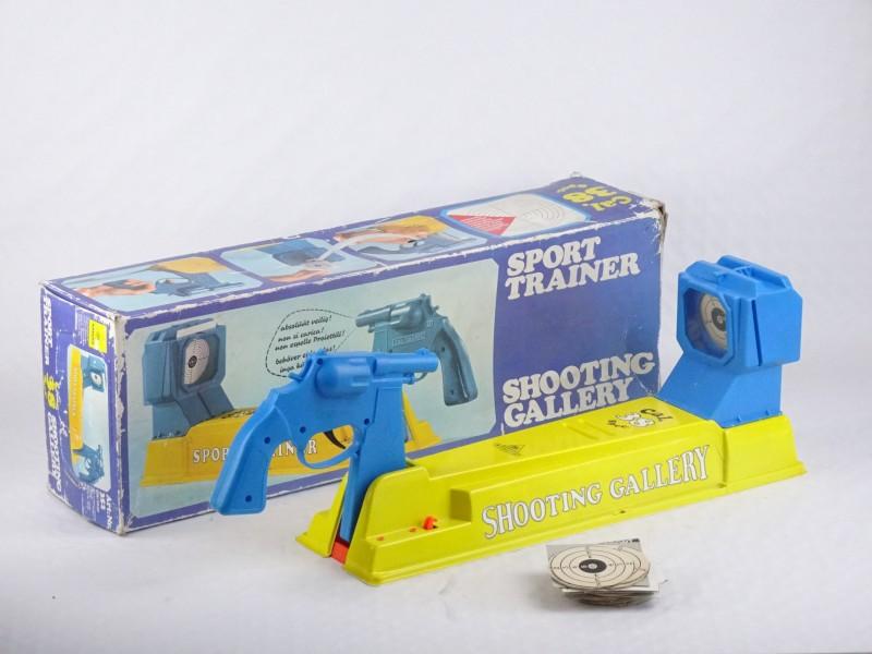 Vintage speelgoed: Shooting Gallery Sport Trainer. (Made in Germany.)
