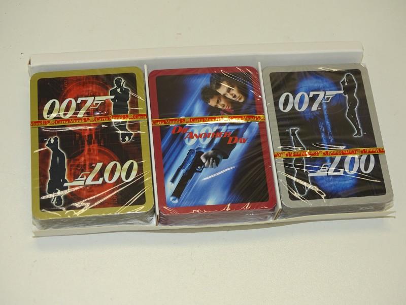 Doos met 3 Decks Speelkaarten: 007 / James Bond, Carta Mundi, 2003