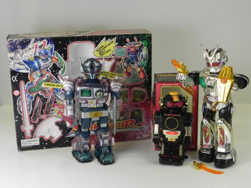 LOT Vintage Robot's