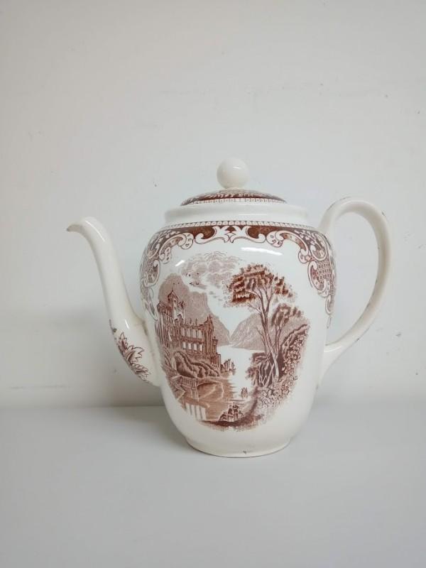 antieke koffiekan