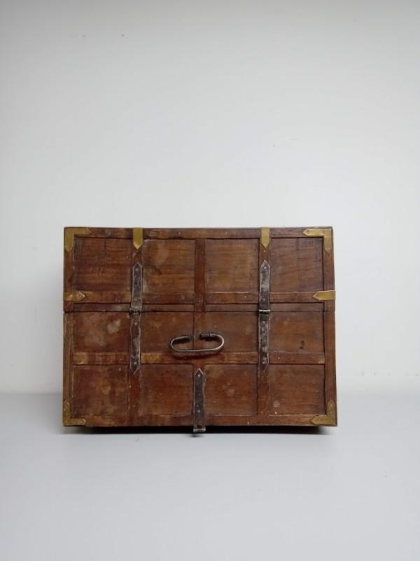 grote houten koffer