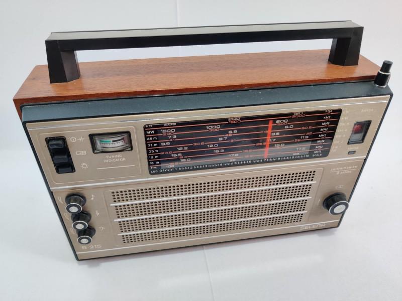 Vintage Soviet Radio