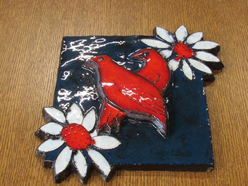 Wandtegel in keramiek met vogels