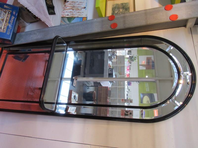 Grote vintage spiegel voor in de hal