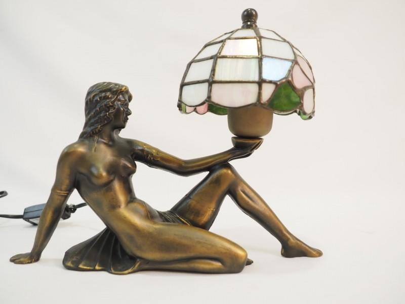 Lamp, stijl Tiffany, art nouveau